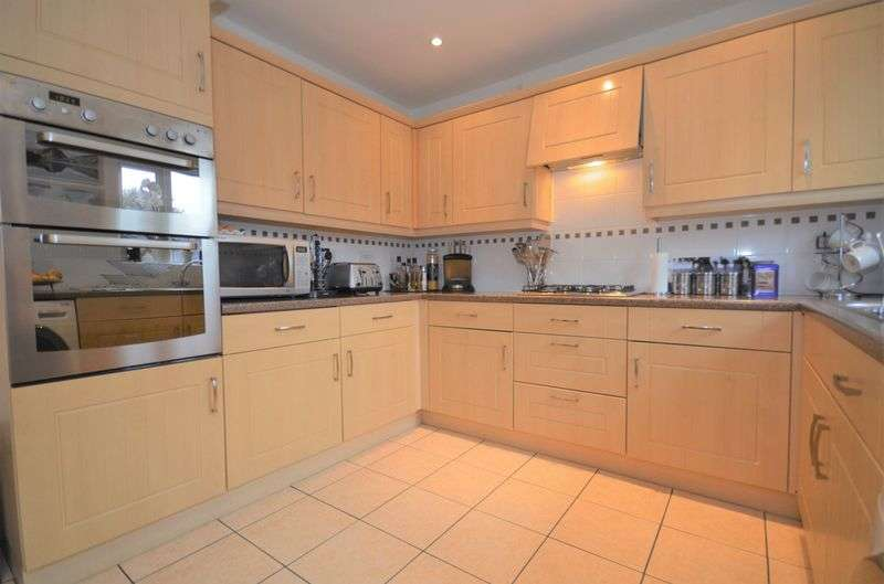 3 Bedrooms House for sale in 54 The Spires, St. Helens, WA10 5GA
