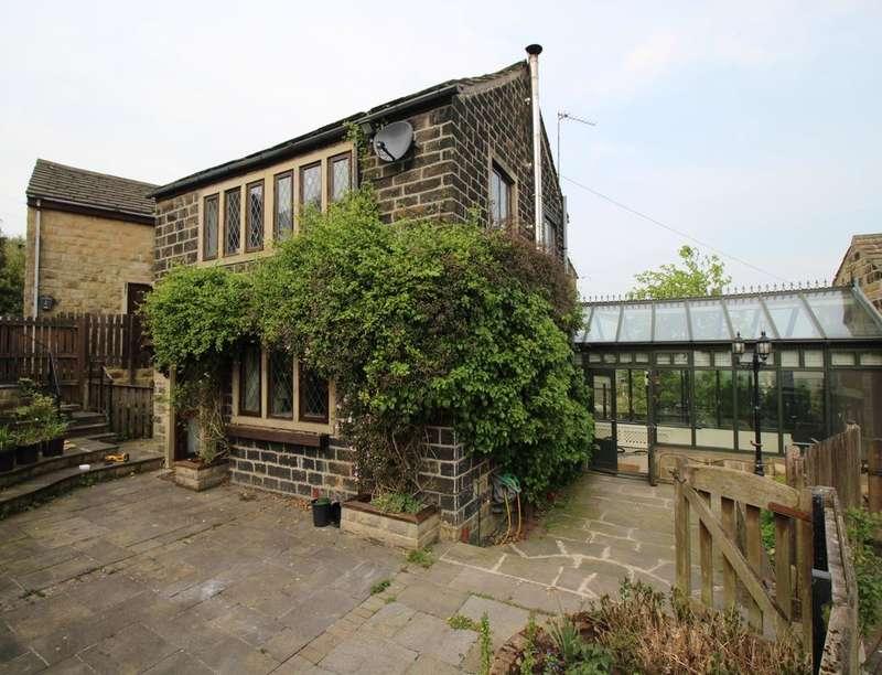4 Bedrooms Detached House for sale in Old Road, Bradford, BD7