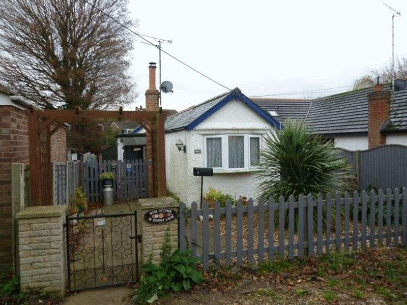 1 Bedroom Detached Bungalow for sale in Goings Lane, West Mersea
