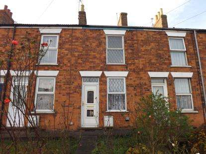 2 Bedrooms Terraced House for sale in Church Street, Louth, Lincolnshire