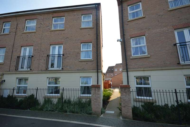 4 Bedrooms Property for sale in Scotsman Drive, Scawthorpe, Doncaster, DN5