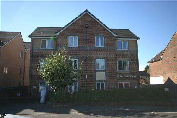 1 Bedroom Apartment Flat for sale in White Oaks Court, St. Edmunds Road, Southampton
