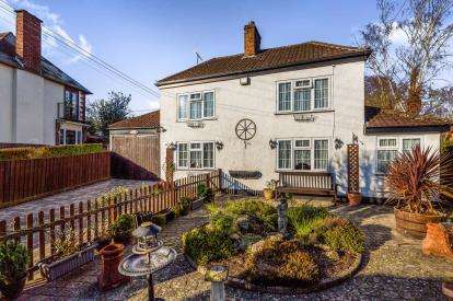 3 Bedrooms Detached House for sale in Main Street, Brandon, Coventry, Warwickshire