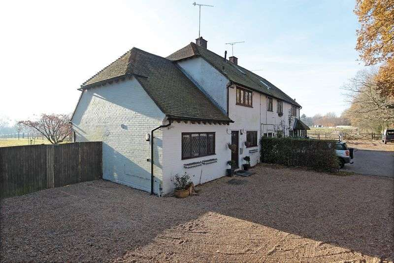 3 Bedrooms Semi Detached House for sale in Hartfield, Ashdown Forest, East Sussex