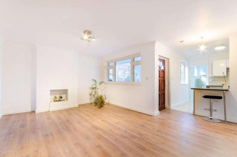 2 Bedrooms Flat for sale in Cat Hill, East Barnet Village, EN4