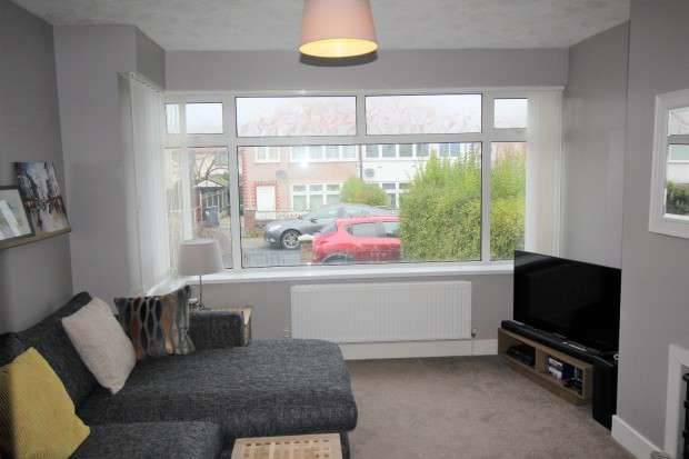 3 Bedrooms Semi Detached House for sale in Salcombe Avenue, Blackpool, FY2