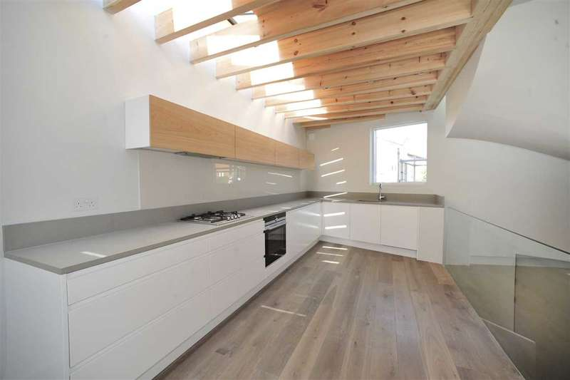 3 Bedrooms House for sale in Linen Mews, Shepherd's Bush