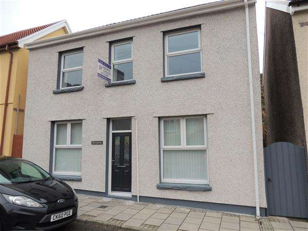 3 Bedrooms Detached House for sale in Oakfield Terrace, Llwynypia, Tonypandy
