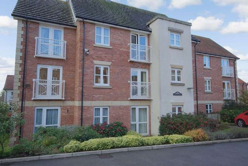 2 Bedrooms Retirement Property for sale in Burlington Court, Bridlington, YO16 4PQ