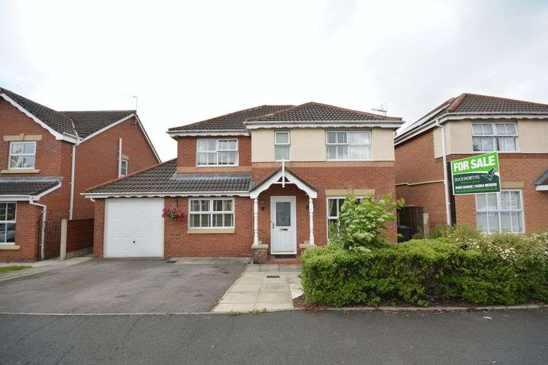 4 Bedrooms Detached House for sale in Spring Meadows, Clayton le Moors