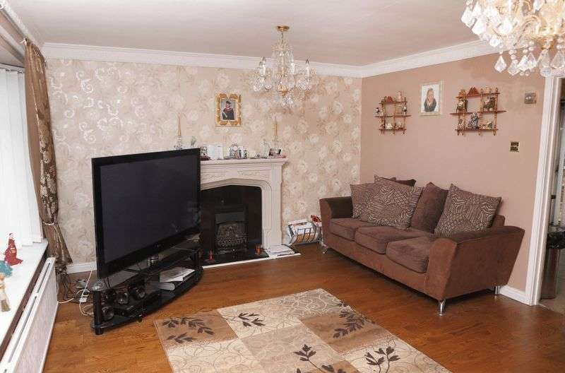 3 Bedrooms Semi Detached House for sale in Carr Hill Road, Gateshead