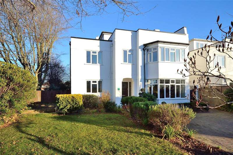 5 Bedrooms Detached House for sale in Robson Road, Goring By Sea, Worthing, BN12