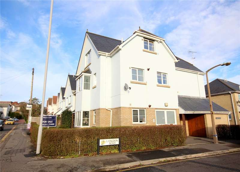 2 Bedrooms Flat for sale in Langdon Road, Lower Parkstone, Poole, Dorset, BH14