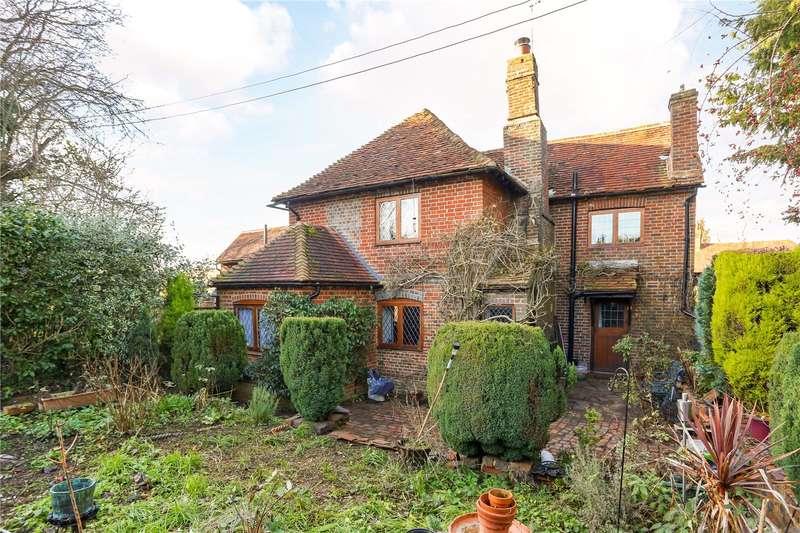 2 Bedrooms Terraced House for sale in Amberley Lane, Milford, Godalming, Surrey, GU8