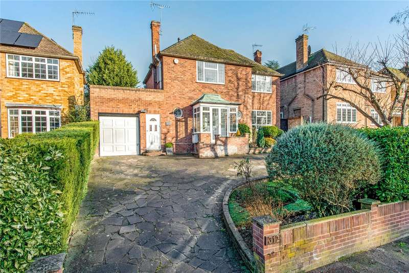 4 Bedrooms Detached House for sale in Hempstead Road, Watford, Hertfordshire, WD17