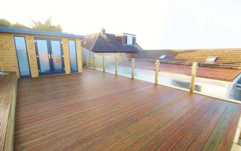 3 Bedrooms Bungalow for rent in Hillside Road, Portishead