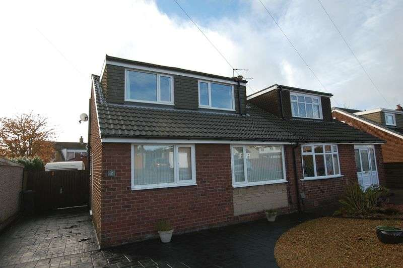 4 Bedrooms Semi Detached Bungalow for sale in Heaton Avenue, Bolton