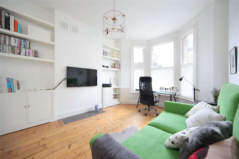 1 Bedroom Flat for sale in Tremadoc Road, Clapham Common, London, SW4
