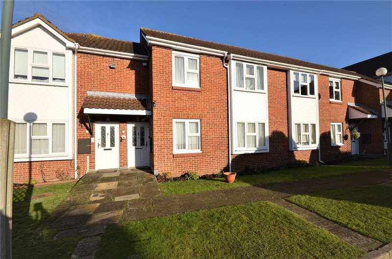 2 Bedrooms Maisonette Flat for sale in Yew Tree Court, Barnet Lane, Elstree, Borehamwood, WD6