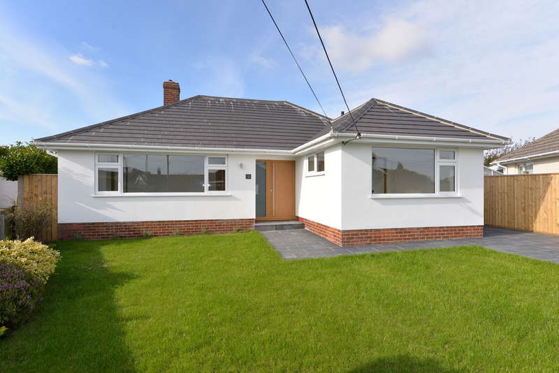 3 Bedrooms Detached Bungalow for sale in Southern Lane, Barton on Sea