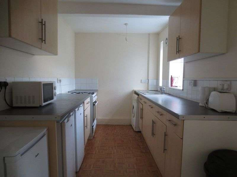 6 Bedrooms Terraced House for rent in Barcombe Road, Brighton