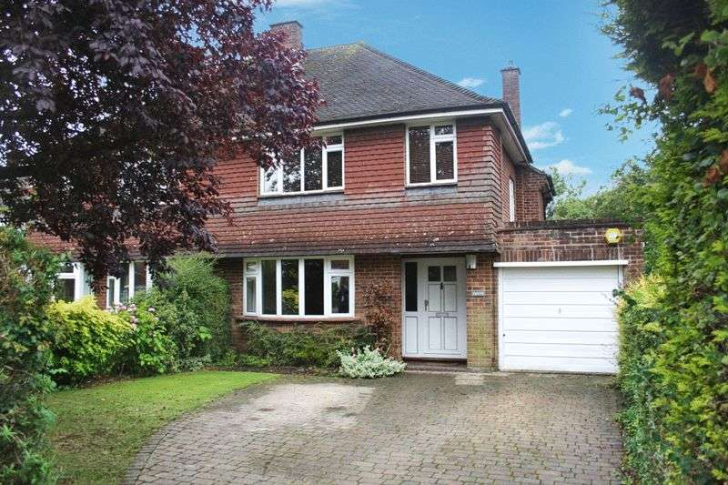 3 Bedrooms Semi Detached House for sale in Downley