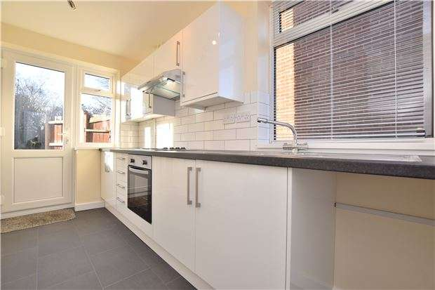 3 Bedrooms Semi Detached House for sale in Long Lane, OXFORD, OX4 3TW