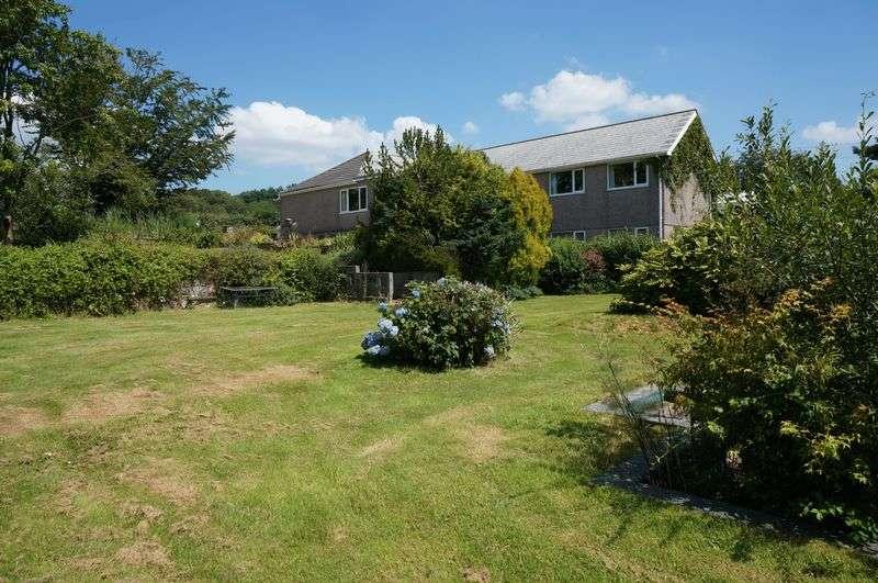 4 Bedrooms Semi Detached Bungalow for sale in Callington