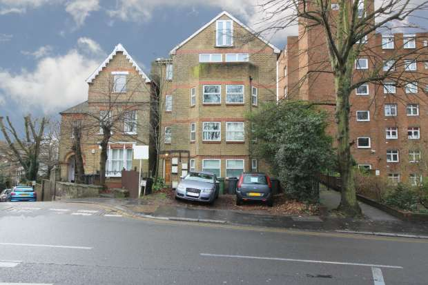 2 Bedrooms Apartment Flat for sale in Central Hill, London, Greater London, SE19 1BW