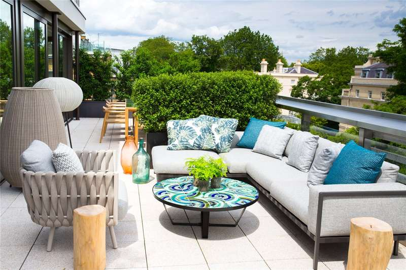 5 Bedrooms Flat for sale in Vicarage Gate House, Vicarage Gate, London, W8