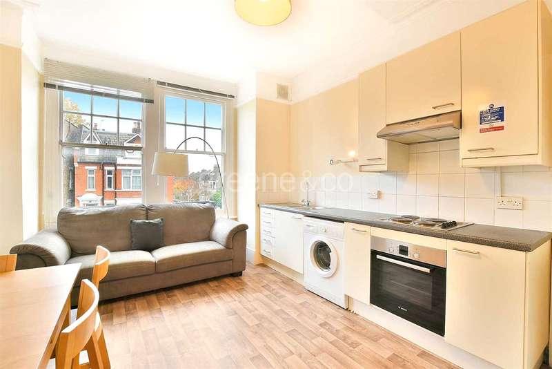 3 Bedrooms Flat for sale in Dyne Road, Kilburn, London, NW6