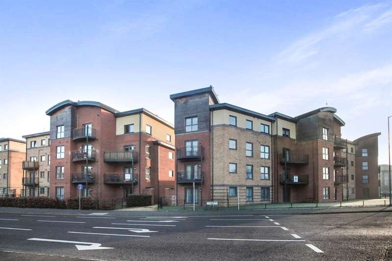 2 Bedrooms Apartment Flat for sale in Raven Close, Watford, WD18