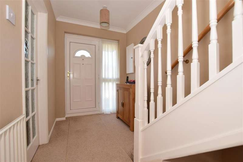 3 Bedrooms Semi Detached House for sale in Bramble Avenue, Bean, Dartford, Kent