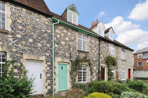 3 Bedrooms Terraced House for sale in Greenfield Cottages, Canterbury