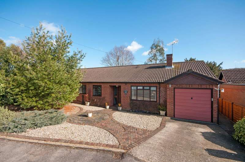 4 Bedrooms Detached Bungalow for sale in Vincent Drive, Dorking, Surrey, RH4