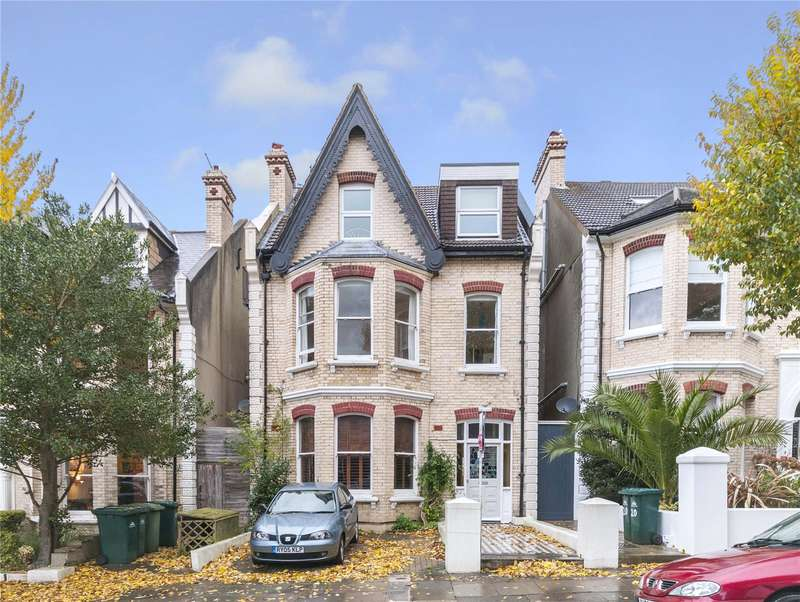 2 Bedrooms Flat for sale in Wilbury Gardens, Hove, East Sussex, BN3