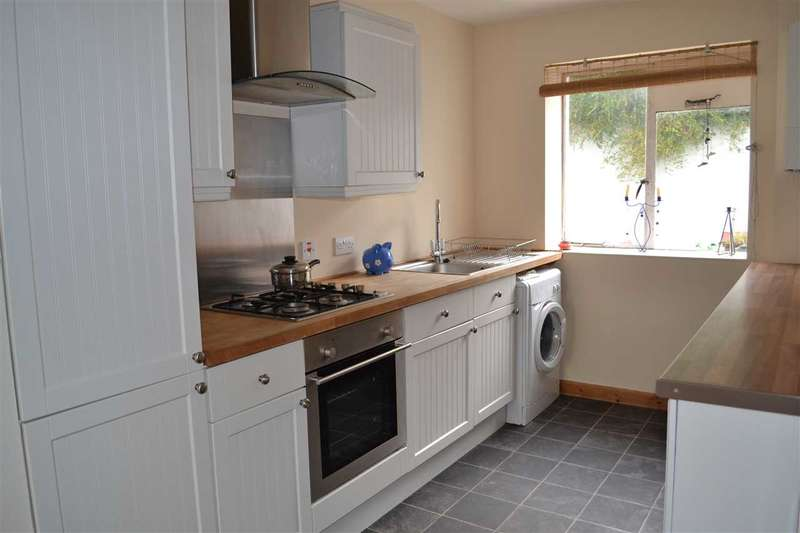 3 Bedrooms Terraced House for sale in Kensington Road, Plymouth