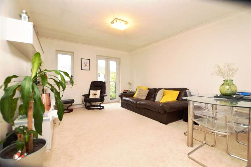 2 Bedrooms Apartment Flat for sale in Belgrave Close, Mill Hill, London, NW7