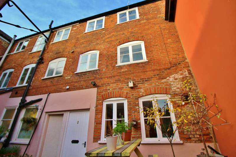 1 Bedroom Terraced House for sale in St. Augustines Street, Norwich