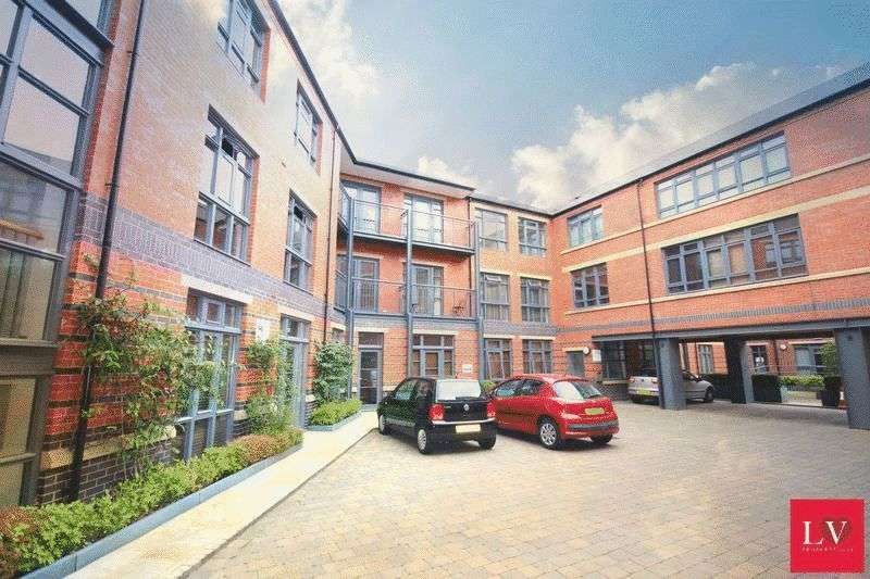 1 Bedroom Flat for sale in Lion Court, Jewellery Quarter