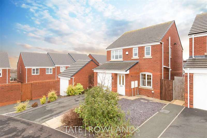 3 Bedrooms Detached House for sale in Ffordd Yr Ysgol, Flint