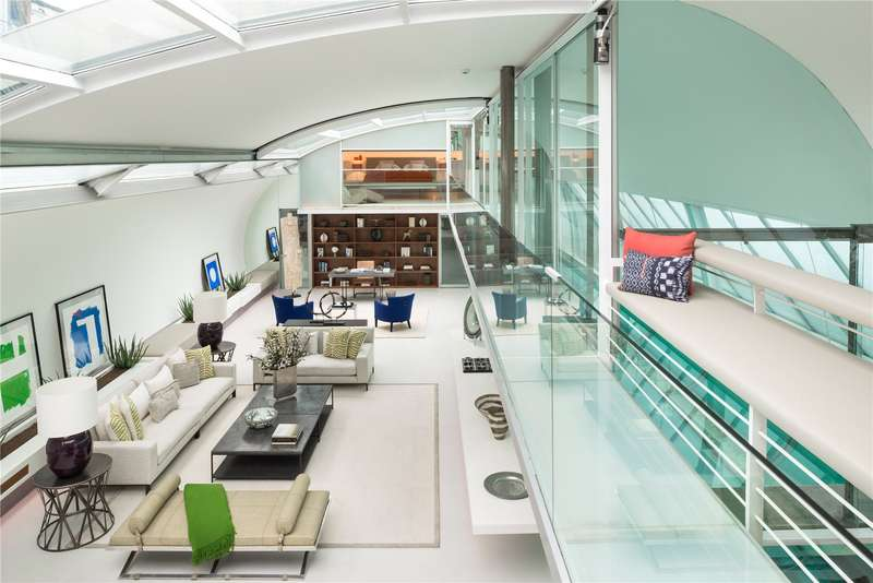5 Bedrooms House for sale in St. Georges Mews, London, NW1