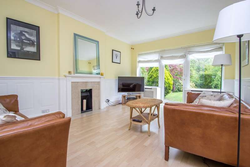 3 Bedrooms Detached House for sale in Coombe Wood Hill, Purley, CR8 1JN