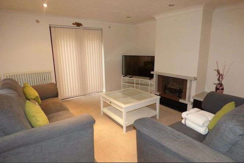 5 Bedrooms Detached House for sale in All Saints Mews, Harrow