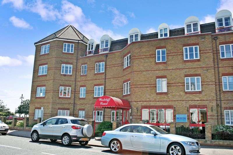 2 Bedrooms Retirement Property for sale in Westcliff Court, Clacton-on-Sea, CO15 1LA