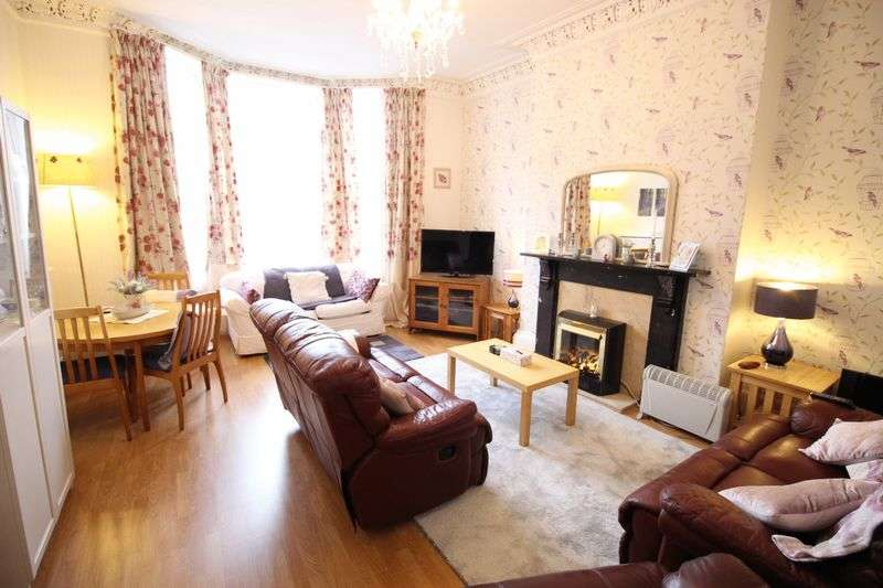 1 Bedroom Flat for sale in Grosvenor Crescent, Scarborough