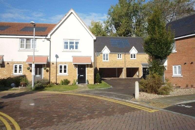 2 Bedrooms Flat for sale in Howard Drive, Tonbridge