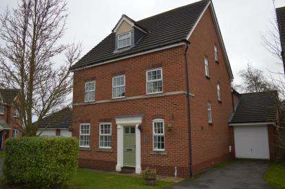 5 Bedrooms Detached House for sale in Turnbull Road, Fradley, Near Lichfield, Staffordshire
