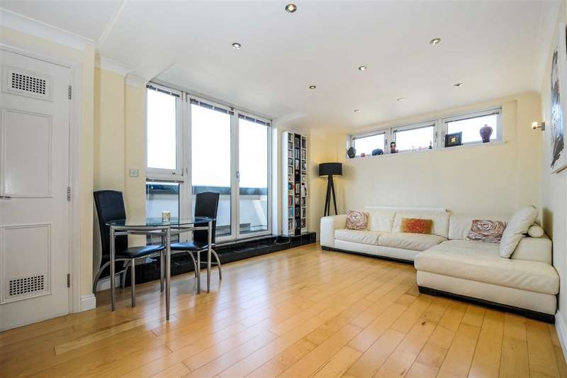 2 Bedrooms Flat for sale in Blazer Court, London, NW8
