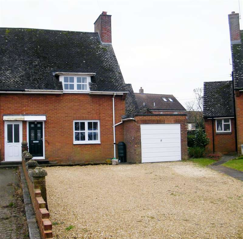 3 Bedrooms House for sale in The Crescent, Bromham, Chippenham